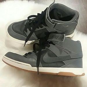 Nike SB high tops